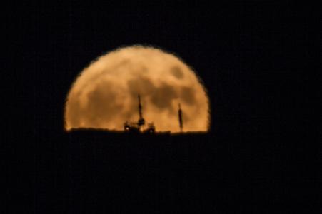 Sorgere della luna al perigeo - 2