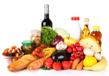 Rialzo dei prezzi in Italia, Trieste tra le città più care: inflazione al 2,2%. Alimentari in testa