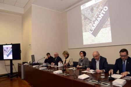 Amianto in FVG, regione più colpita in Italia. Presentato un vademecum per cittadini e medici